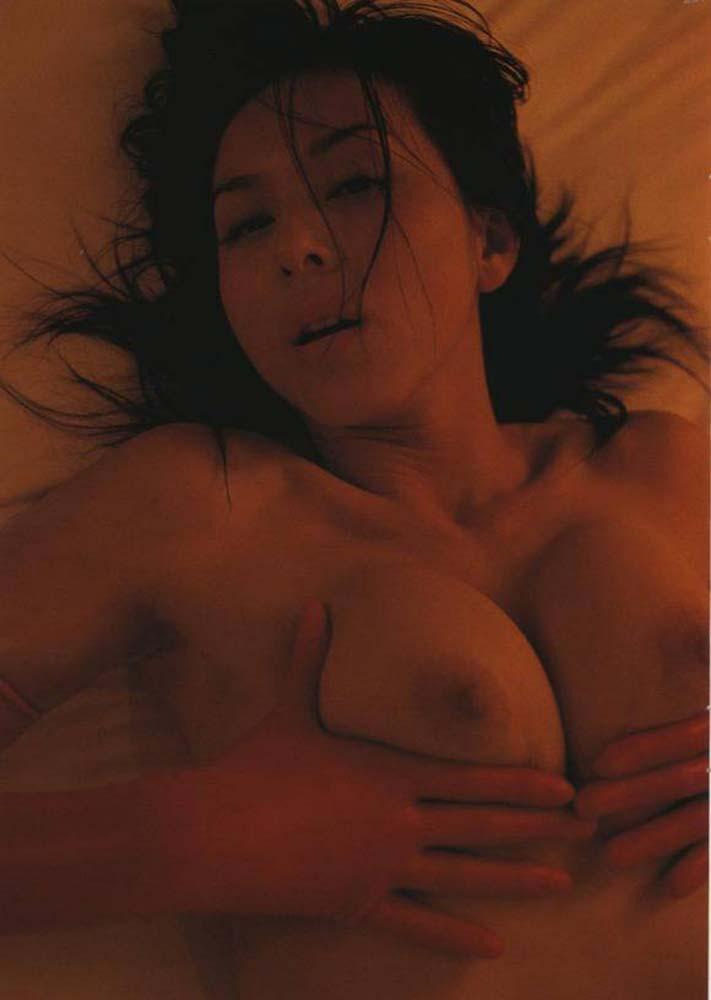 お宝画像発見!!杉本彩の若い時のマン毛と乳首丸出し画像wwwwwwwwww 17 251
