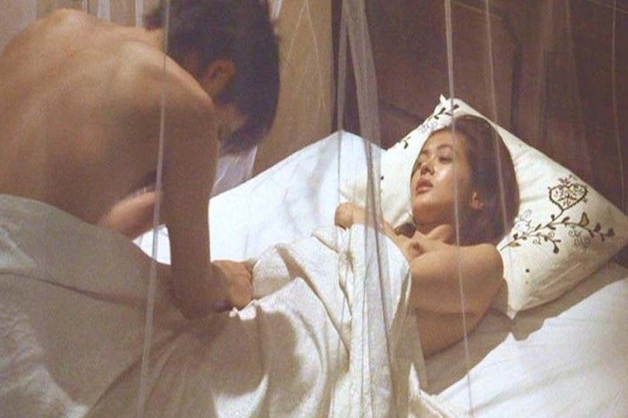 ※速報---❖黒谷友香の乳首見たい奴は見とけww芸能人エロ画像wwwwwwwwwww 19 179