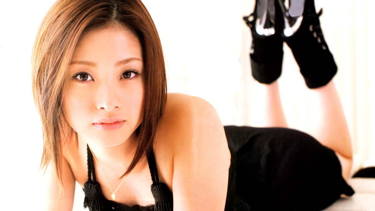 ※人妻になってもなかわいい上戸彩のデカパイエロ画像!!!!!!!!! 2 215