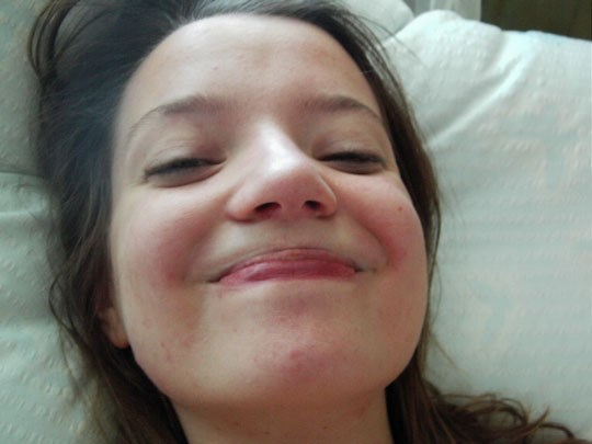 ♦クロエの寝起きをとってみたぞwwスレンダーで可愛い外国人のエロ画像wwwwwwwwww 21 102