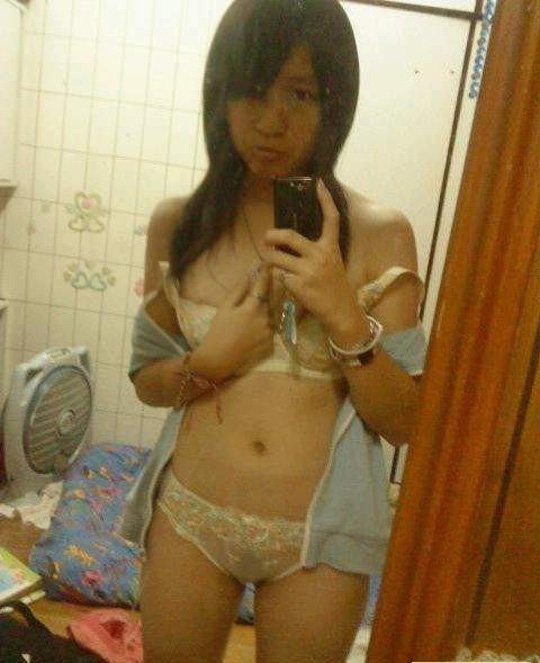 台湾人のエロいフェラ画像はっといたぞwwwwww外国人エロ画像w 24 48