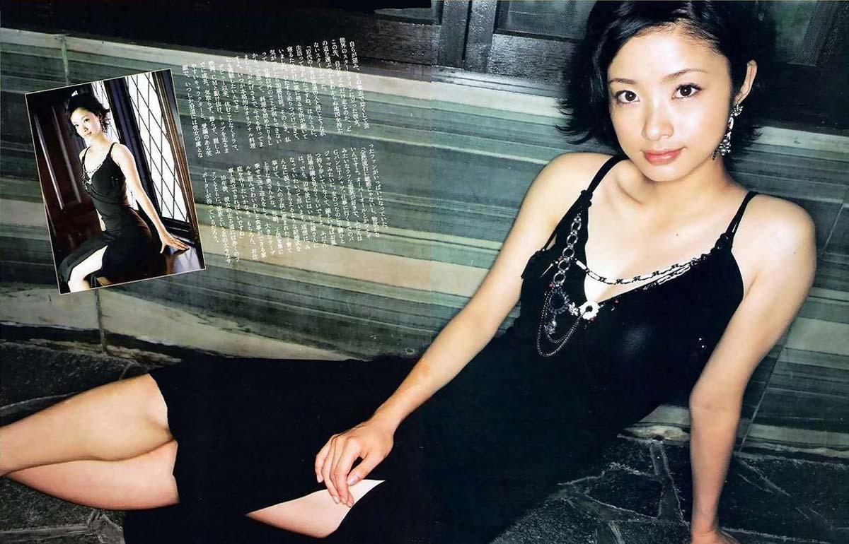 ※人妻になってもなかわいい上戸彩のデカパイエロ画像!!!!!!!!! 3 214