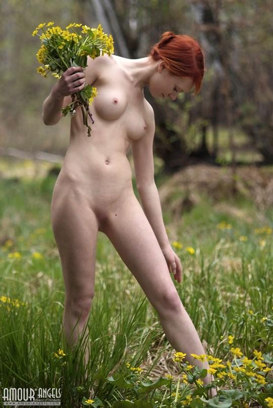 妖精発見??森林で全裸ヌードになっちゃう外国人が可愛すぎるぞ!!!!!!!! 3 376