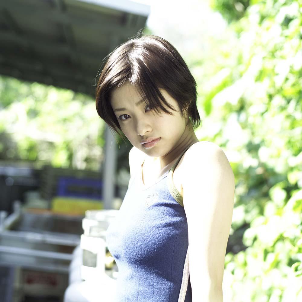 ※人妻になってもなかわいい上戸彩のデカパイエロ画像!!!!!!!!! 4 213