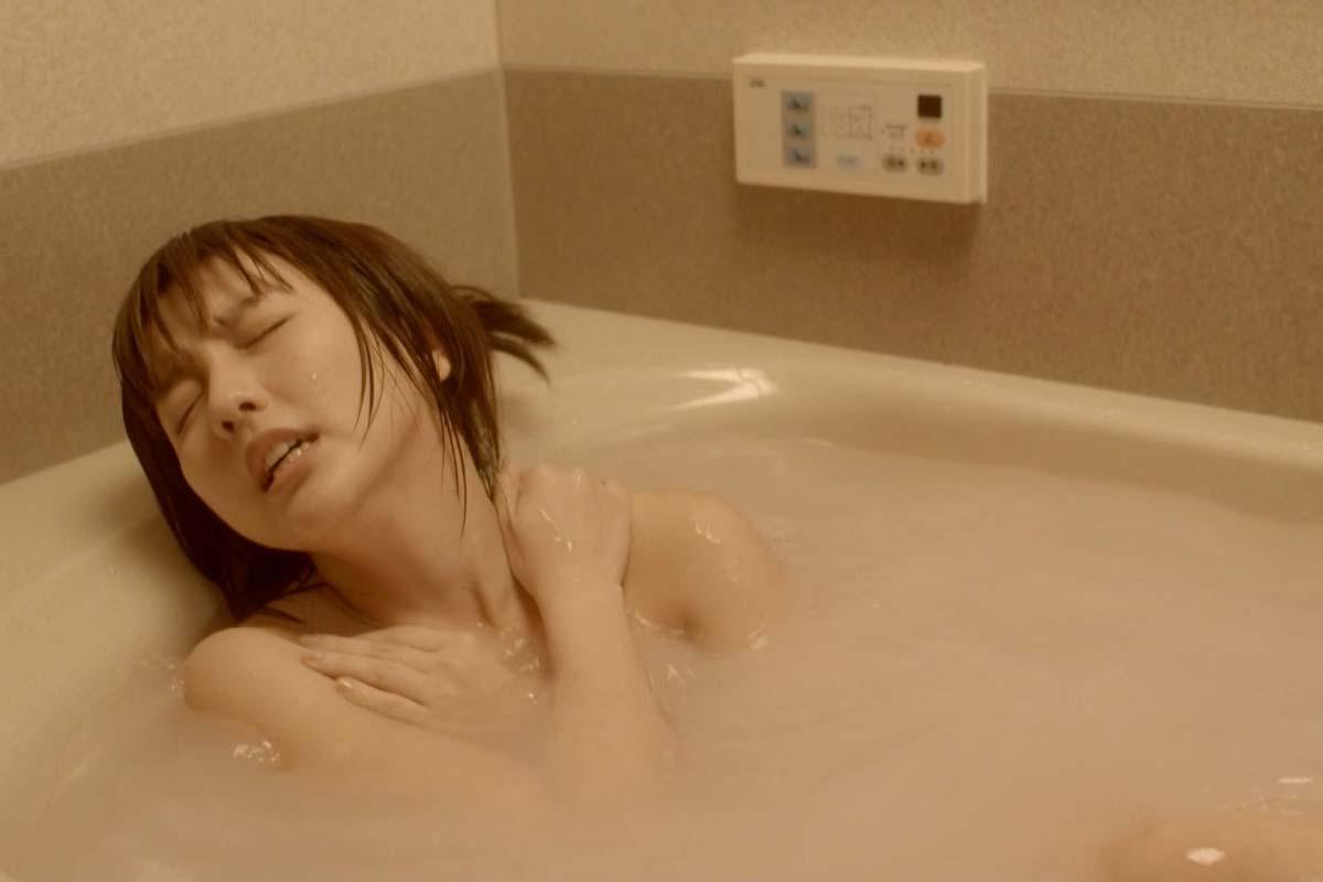 朗報ですwwww真野恵里菜がお風呂でオナニー??妄想してんのか??感じまくりだぞwwwwwwwwww 4 327