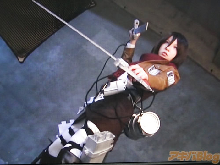 ※アナルセックス調教!!進撃の巨人のミカサアッカーマンコスプレ姿で二穴同時セックスのエロ画像wwwwwwwwww 41 20