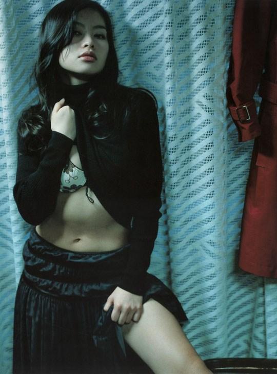 ★---❖吉野紗香の超色っぽいセミヌード画像見つけたから見てくれwwwwwwwwww 47 21