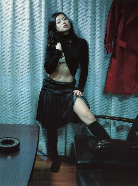 ★---❖吉野紗香の超色っぽいセミヌード画像見つけたから見てくれwwwwwwwwww 48 19
