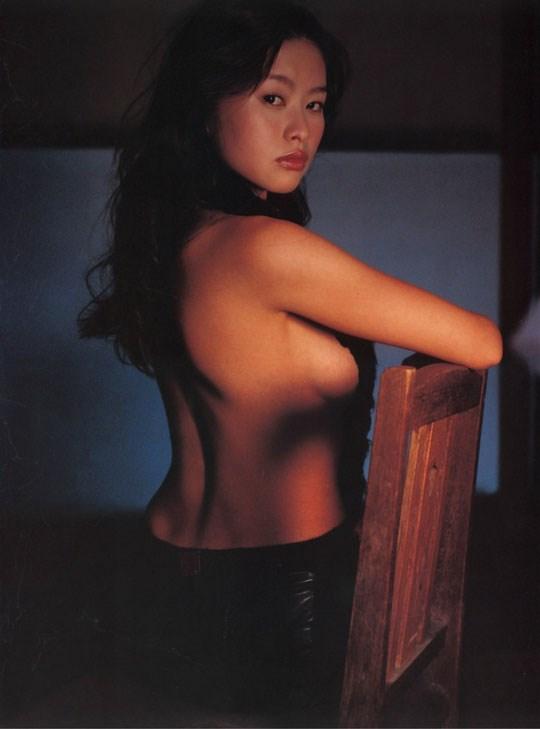 ★---❖吉野紗香の超色っぽいセミヌード画像見つけたから見てくれwwwwwwwwww 55 10