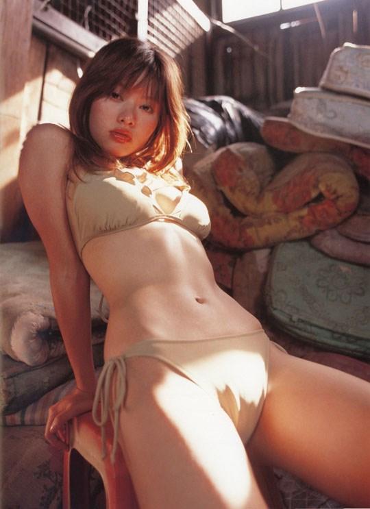 ★---❖吉野紗香の超色っぽいセミヌード画像見つけたから見てくれwwwwwwwwww 7 383