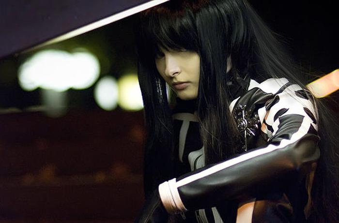 ディーグレイマン 神田ユウのエロ格好いいコスプレ姿の白人美女!!!!!!! 7 81