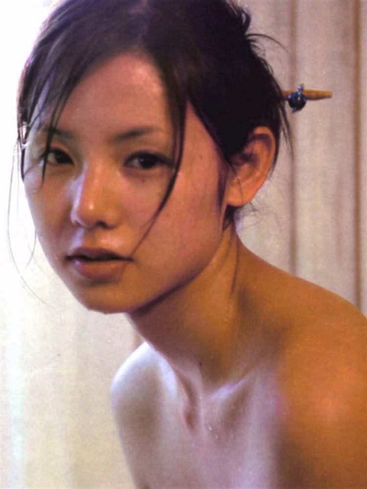 朗報ーーー※小西真奈美コニタンの入浴シーンがマジでエロすぎるぞ!!!!!! 8 405