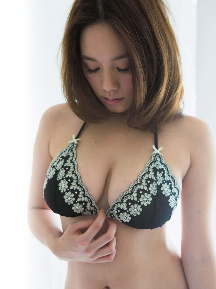 ※筧美和子の超貴重なエロ画像見つけたから見てくれwwwwwwwww 9 148