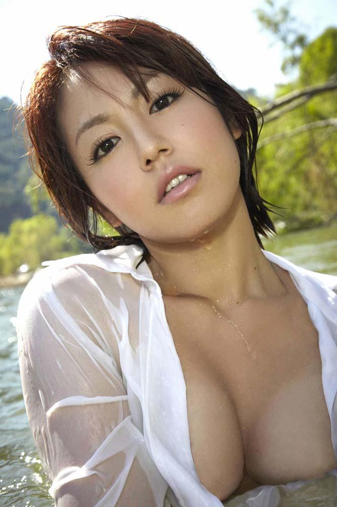 有名芸能人エロ画像ww磯山さやかのでかすぎるオマンコ見せちゃうぞ!!!!!!! 9 198
