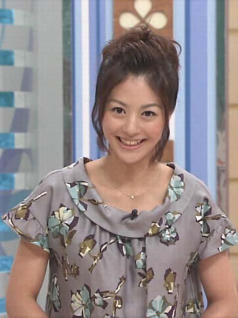 ※お宝画像発見!!夏目三久アナの乳首ポロリ画像がネットで話題にwwwwwwwww 9 372
