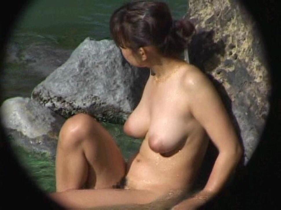 ---❖盗撮物!!!!カワイ子ちゃんが温泉でまさか写真撮られてるとはwwwwwwwww 10 665