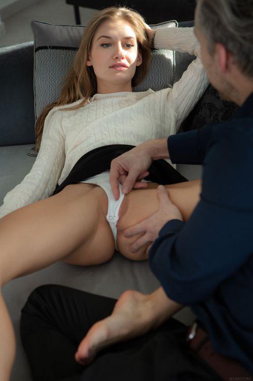ーーー※金髪外国人がまんぐりがえしアナル肛門舐められもだえちゃうエロ画像wwwwwwwwww 17 364