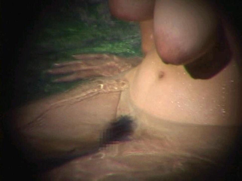 ---❖盗撮物!!!!カワイ子ちゃんが温泉でまさか写真撮られてるとはwwwwwwwww 5 677