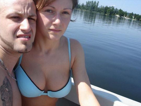 ※ボートで彼女にオマンコ見せてって頼んで撮影しちゃうポルノ画層wwwwwwwww 202109091523157