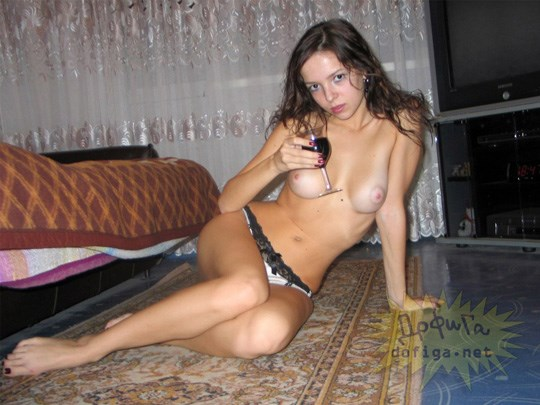 これ飛ぶぞ!ムチャしこな可愛い美少女が全裸ヌード見せちゃう外人エロ画像wwwwwwwwww 202109091710184