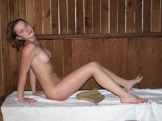 ※ロシアの素人モデルがサウナで汗かいてるから写真撮ってばらまいてみたwwwwwwwwwwwwwww 2021090917284316