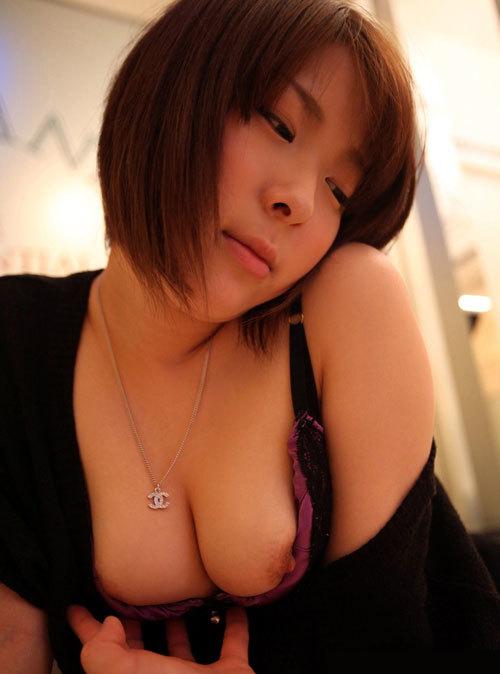 ---❖これ飛ぶぞ!乳首チラ見せ誘惑してくる女って最高ヤンwwwwwwww 20210910093901