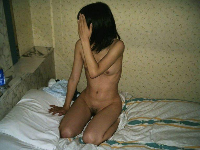 ---❖素人の彼女が可愛いから写真取ったら顔隠して全裸で興奮しちゃうぞwwwwwwwwww 20210915195421
