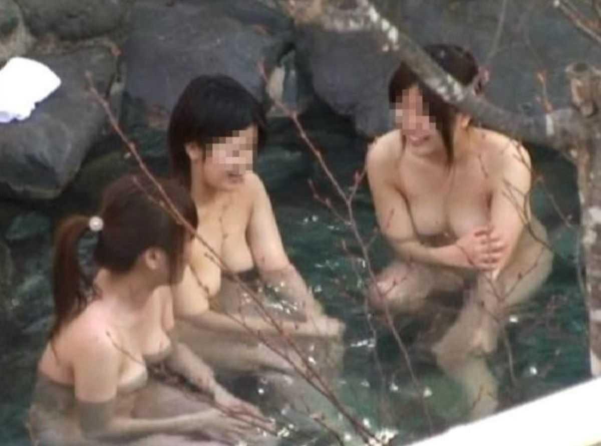 ---❖露天風呂にいた素人娘の盗撮物!削除注意の保存版wwwwwwwwwww 20210918185155