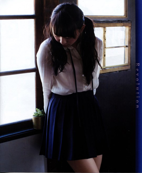 元AKB48木﨑ゆりあのお宝画像発見!!童顔美少女なのにエロい体を見せちゃうぞwwwwwwwww 2021100715405969