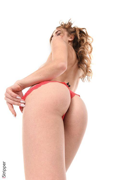 これが世界レベル!!極上美女が全裸ヌード撮影してっぞ射精準備できてるか??????????? 202110081452313