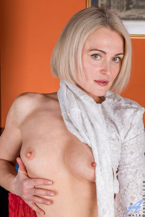 ロシア外人エロ画像---❖人妻美熟女がエロい格好で見せまくりwwwwwwwwwwww 202110081516104
